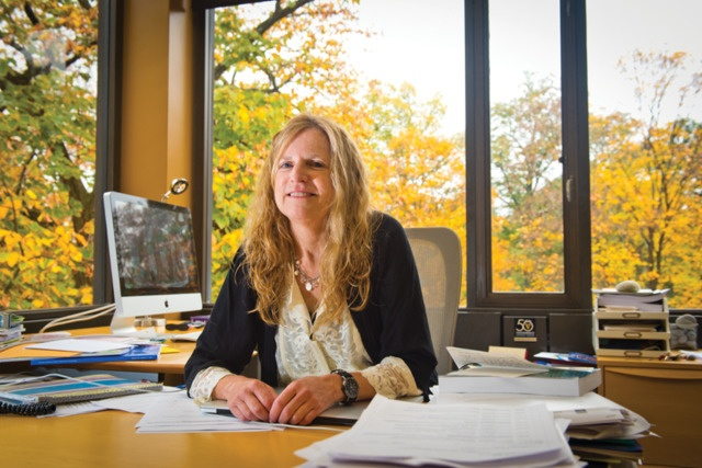 dr-elisabeth-dykens-receives-rare-impact-award-from-national-organization-for-rare-disorders